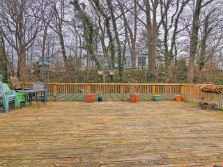 NEW! Charming 1BR Saugatuck Condo w/ Private Deck! - Saugatuck vacation rentals