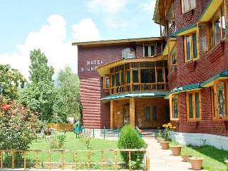 Comfortable Resort with Housekeeping Included and Television - Pahalgam vacation rentals