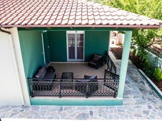 Nice 2 bedroom Vacation Rental in Golden Beach - Golden Beach vacation rentals