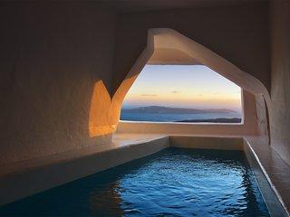 One bedroom villa with cave pool - Imerovigli vacation rentals