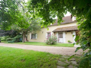 Nice House with Internet Access and Wireless Internet - Dreux vacation rentals