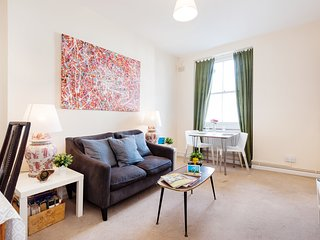 The Hereford Road Lodge - London vacation rentals