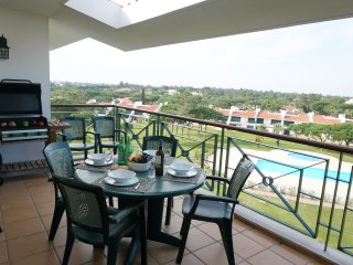 Beautiful 2 bedroom Vila Sol Golf Resort 3 pool - Quarteira vacation rentals