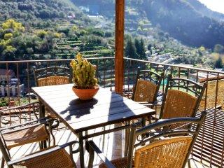 Casa Pablo. Meraviglioso Loft in Antica casa in pietra, con ampie terraze - Badalucco vacation rentals