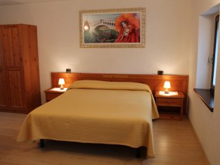 6 bedroom Bed and Breakfast with Internet Access in Nimis - Nimis vacation rentals