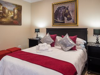Kings Halt Guesthouse- King Edward - Bloemfontein vacation rentals
