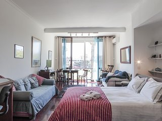 E8 - ESTORIL BEACHFRONT STUDIO APARTMENT - GARDEN VIEW - Estoril vacation rentals
