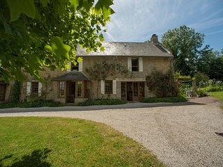 4 bedroom House with Internet Access in Isigny-sur-Mer - Isigny-sur-Mer vacation rentals
