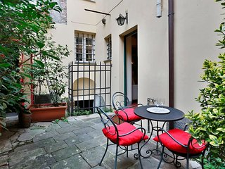 2 bedroom Apartment with Internet Access in Lucca - Lucca vacation rentals