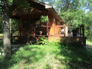 Cabin under $200 nightly near Broken Bow & Hochatown available Memorial Day wknd - Smithville vacation rentals