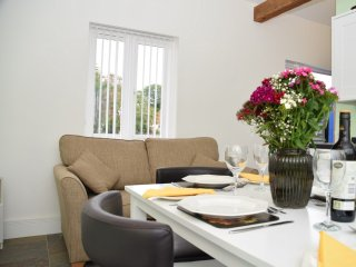 1 bedroom House with Internet Access in Cooling - Cooling vacation rentals