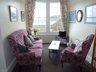 FLAT 5, first floor apartment, pet welcome, sea and village views, in Lynmouth - Lynmouth vacation rentals