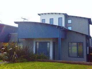 """Bay Breeze"" at Coronet Bay - Coronet Bay vacation rentals"