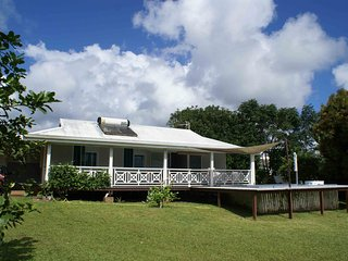Beautiful 2 bedroom House in Taravao - Taravao vacation rentals
