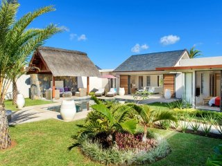 Bright 4 bedroom Villa in Grand Baie - Grand Baie vacation rentals