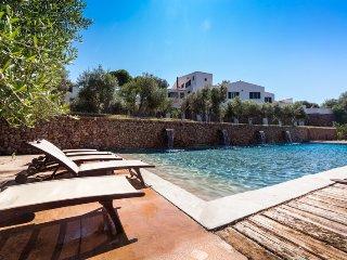 Perfect 7 bedroom Vacation Rental in Ferreries - Ferreries vacation rentals