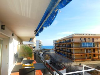 Piso cerca de la playa con vistas al mar en Roses, zona Salatar - Roses vacation rentals
