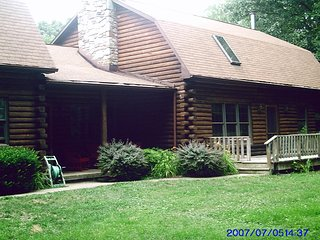 Nice Cabin with Internet Access and A/C - Hampstead vacation rentals