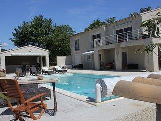 Mirabel aux Baronnies, Nähe Mont Ventoux, komfortables Ferienhaus mit Pool - Lav - Mirabel-aux-Baronnies vacation rentals