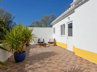 Newly Renovated Private Annex Bordeira, Faro 15 minutes to Airport - Bordeira vacation rentals