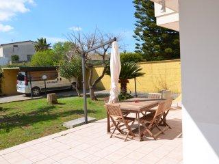 Villa Tiziana 8 posti letto a pochi minuti da Torre San Giovanni - Lido incluso! - Ugento vacation rentals