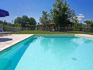 CASA EMANUELA - Private Villa with Pool, wi-fi, pet-friendly, panoramic view - Fermignano vacation rentals