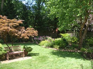 NEW! 1BR Bethesda Apartment w/ Fenced Backyard! - Bethesda vacation rentals