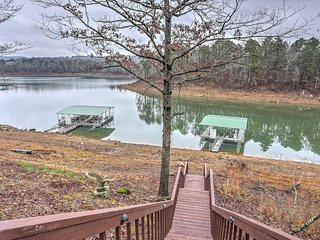 New! 4BR Edgemont House - On Lake w/ Boat Access! - Edgemont vacation rentals