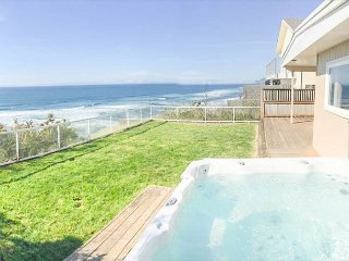 Classic Oceanfront Home with Hot Tub & Fully Fenced Yard for Pets - Lincoln City vacation rentals