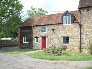 Charming House with Internet Access and Fireplace - Wincanton vacation rentals