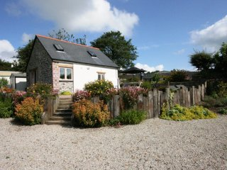 Nice Cottage with Television and DVD Player - Egloskerry vacation rentals