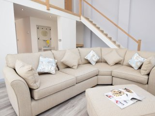 3 bedroom House with Internet Access in Milton Abbas - Milton Abbas vacation rentals