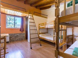 Alberg La Solana - 31 - Quadruple Room (4 - 6 Guests) - Salas de Pallars vacation rentals