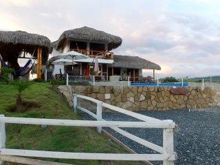 Casa Los Panchos - Oceanview with Pool in Olon - Playa de Olon vacation rentals