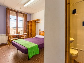 Alberg La Solana - 14 - Suite Room With Double Bed  (2 Guests) - Salas de Pallars vacation rentals