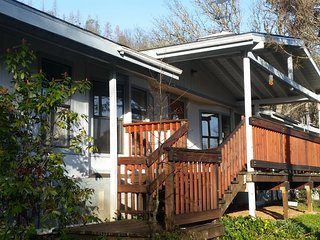 Ridgeview Ranch - Midpines / Yosemite : Charming Cabin in the woods - Midpines vacation rentals