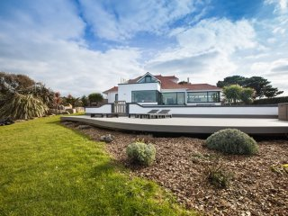 Luxury Modern Home with Panoramic Sea & Countryside Views plus Pool & Jacuzzi - Torteval vacation rentals