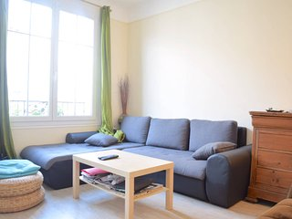 Wonderful apartment - central and trendy location - Bagnolet vacation rentals