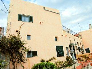 Casa Teresa - Ampio Trilocale nel borgo di Verezzi - Borgio Verezzi vacation rentals