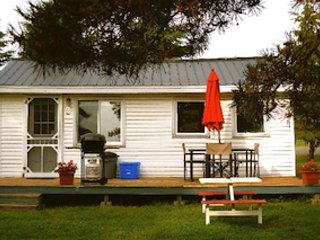 Cozy Cottage with Internet Access and Shared Outdoor Pool - Iroquois vacation rentals