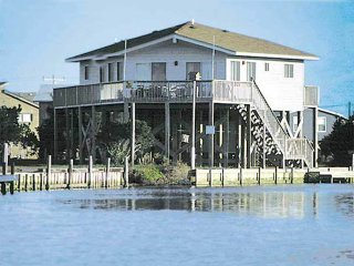 Nice 3 bedroom House in Avon with Internet Access - Avon vacation rentals