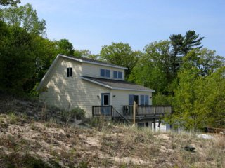 Lake Michigan Cottage Near Silver Lake and Dunes - Shelby vacation rentals