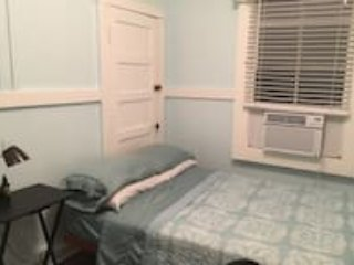 Blue room....shared room in a 4 bedroom apartment - Hilo vacation rentals