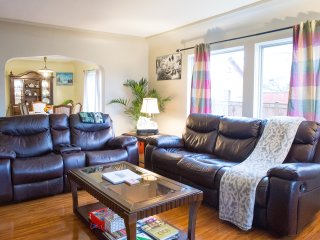 Organic Stay near Greenlake - 12mins to Downtown - Seattle vacation rentals