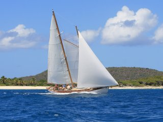 3 bedroom Yacht with Deck in Clifton - Clifton vacation rentals