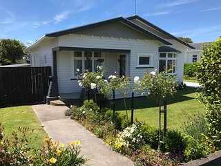 Bright 3 bedroom House in New Plymouth - New Plymouth vacation rentals