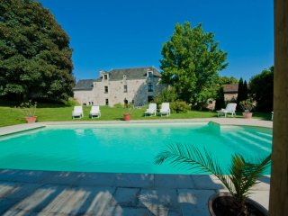 Luxurious Retreat!   A Classic 17th Century Anjou Manoir House in Loire Valley - Les Verchers-sur-Layon vacation rentals