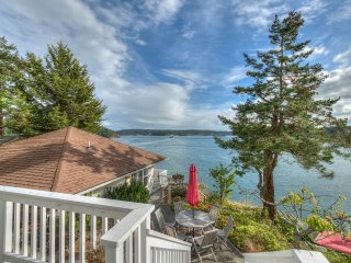 Waveside Dreams, Two Luxurious Waterfront Cottages on a Terraced Hillside. - Orcas vacation rentals