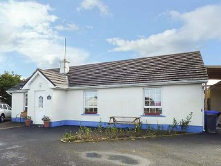 ANCUAN, all ground floor, pet-friendly, WiFi, family rooms, Carraroe, Ref 955005 - Carraroe vacation rentals
