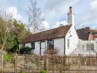 Lovely 2 bedroom Burwash House with Internet Access - Burwash vacation rentals